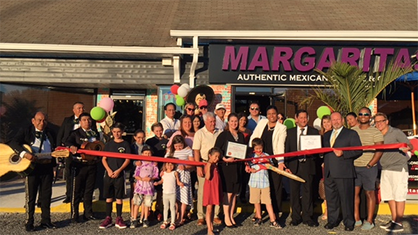 Margaritas CafeMargaritas Cafe grand opening group photo