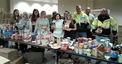 Thanksgiving Food Drive 2018 Group photo