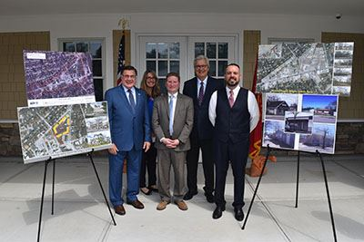 Blight Study Press Conference group photo