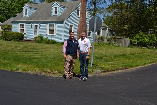 Superintendent Losquadro and Councilman Foley on Woodland Avenue in Holtsville.