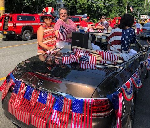 Councilwoman Cartright in 4th of July Parade