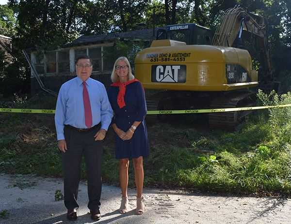 Supervisor Romaine and Councilwoman Bonner at Hagerman Landing Demo