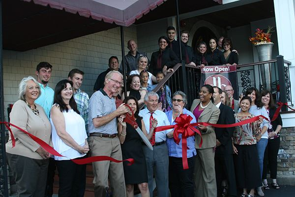 Due Baci Ribbon Cutting group photo
