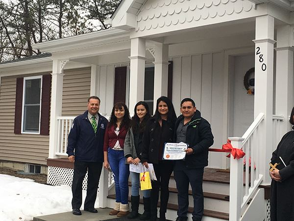 Councilman Loguercio Welcomes the Mendoza Family to New Habitat for Humanity Home in East Patchogue
