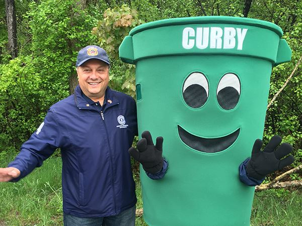 Man with recycling bin mascot