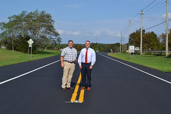 Superintendent Losquadro (left) and Councilman Panico  on Eastport Manor Road in Manorville.